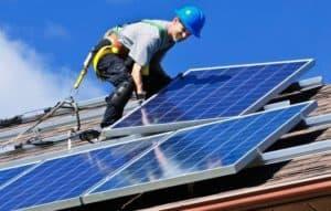 Tesla aposta em baterias solares para uso doméstico